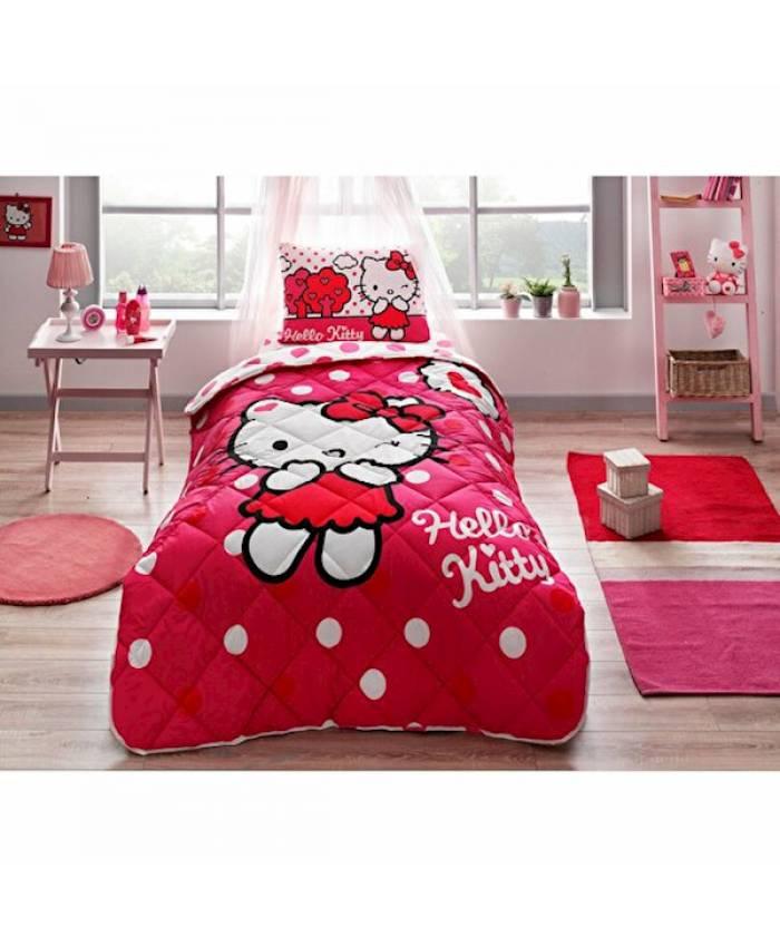 Taç 60185858 Hello Kitty Yorgan Seti